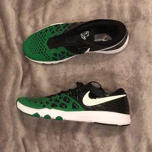 Nike  Oregon duck shoes